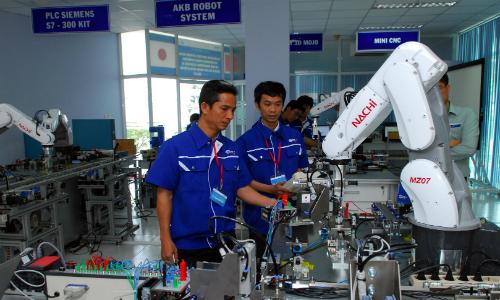Doanh nghiệp Nhật 'khát' nhân sự mảng sản xuất