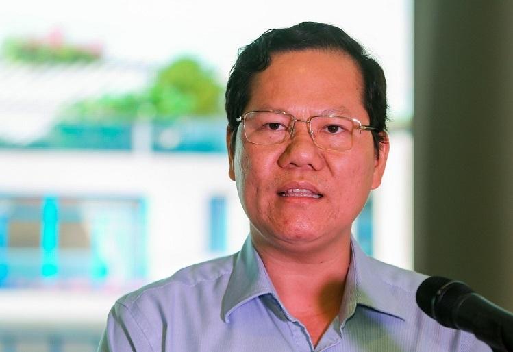 Ông Trần Duy Hưng - Giám đốc Việt Beach giới thiệu tiềm năng bất động sản nghỉ dưỡng Phú Yên và dự án Thera Premium tại sự kiện ngày 17/11.