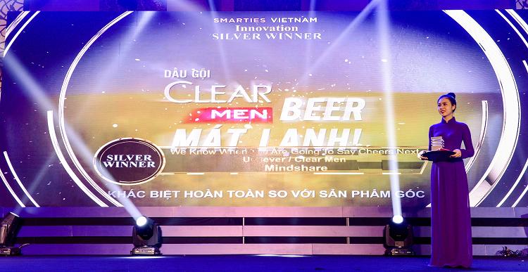 Nhãn hàng Clear Men được vinh dại tại Smarties Vietnam 2019.