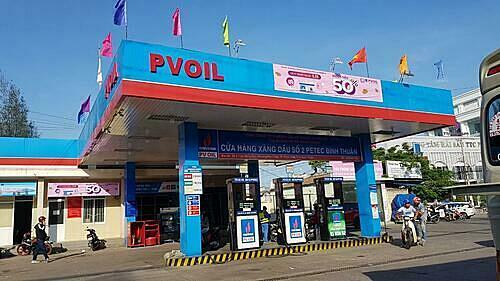 Là một đơn vị thành viên của PVOIL, Tổng công ty Thương mại Kỹ thuật và Đầu tư - CTCP (PETEC) đã chủ động ứng dụng chương trình PVOIL Easy và các chương trình thanh toán điện tử vào dịch vụ chăm sóc khách hàng. . Ảnh:PETEC.