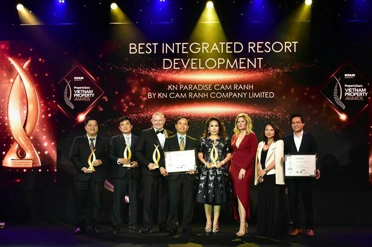 Chủ đầu tư KN Cam Ranh và dự án KN Paradise Cam Ranh nhận giải tại