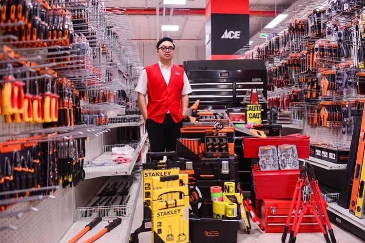 Ace Home Center có đầy đủ vật dụng, công cụ... phục vụ nhu cầu lắp đặt, sửa chữa cho người tiêu dùng và thợ trong khắp các lĩnh vực.