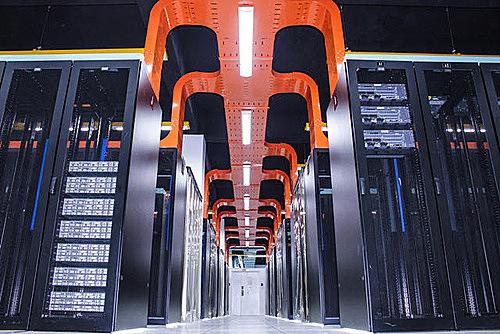 Trung tâm dữ liệu của FPT Telecom xây dựng bởi đội ngũ hơn 100 kỹ sư công nghệ có trình độ cao.