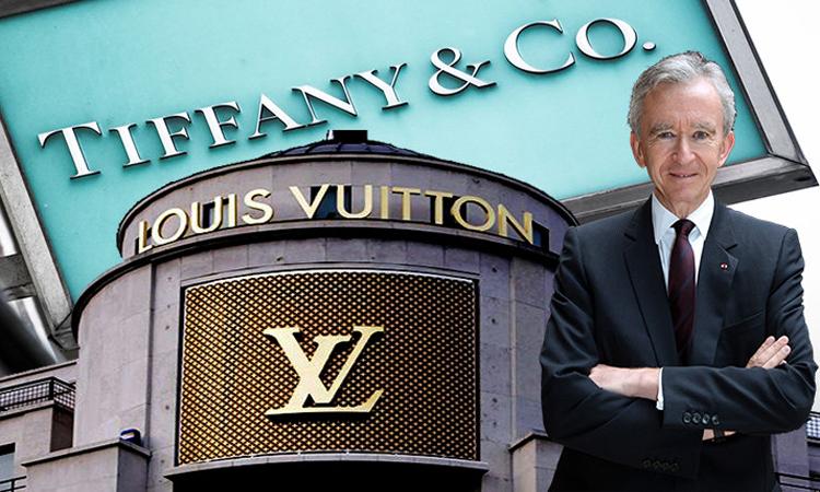 Chuyến đi 'săn' hãng trang sức xa xỉ của ông chủ Louis Vuitton
