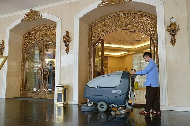 Pan Services Hà Nội cũng đồng hành cùng Tràng Tiền Plaza, mang đến một môi trường sạch sẽ.