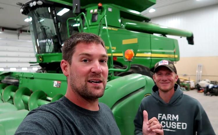 Zach Johnson. Ảnh: Millenial Farmer.