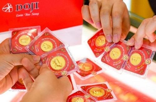 Vỉ vàng ép - một trong những sản phẩm nổi tiếng của DOJI.