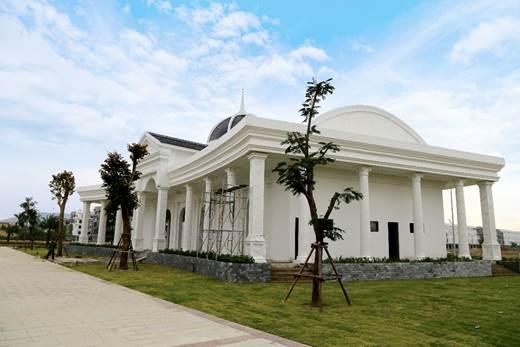 Trung tâm văn hóa sự kiện Him Lam Green Park đang hoàn thiện, đóng góp giá trị cộng đồng cho dự án.