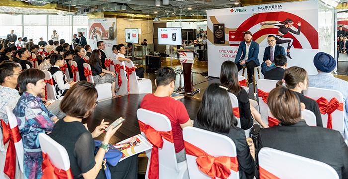 Buổi họp báo ra mắt thẻ tín dụng đồng thương hiệu giữa thương hiệu California Fitness & Yoga và ngân hàng TMCP Việt Nam Thịnh Vượng VPBank