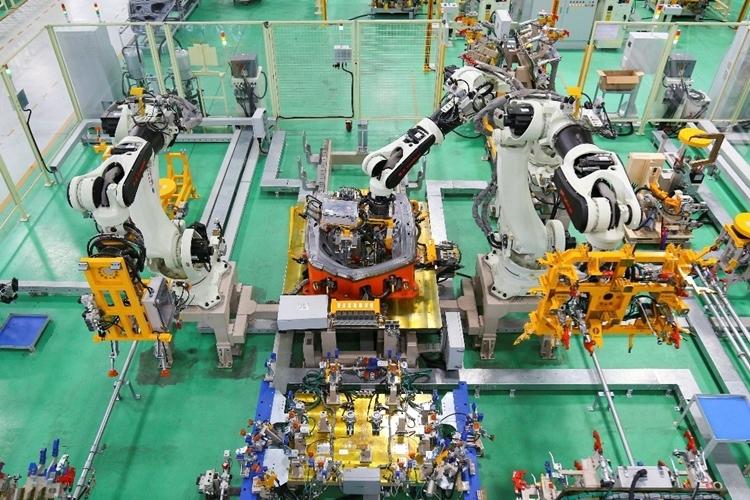 Dây chuyền sản xuất thân vỏ ôtô tại nhà máy của Thaco.