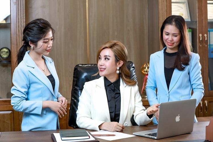 Nữ CEO trẻ muốn giúp phụ nữ thành công và hạnh phúc.