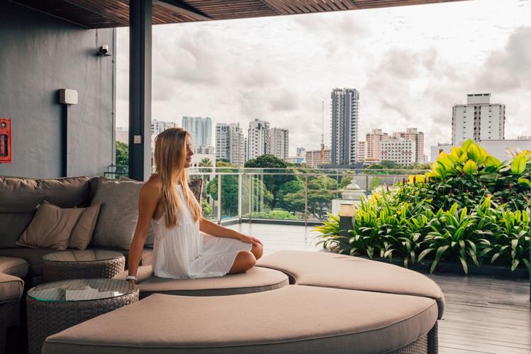 Căn hộ duplex mang đến cuộc sống hoàn toàn riêng tư khi có sân vườn và cầu thang riêng trong nhà, đảm bảo an ninh 24/24