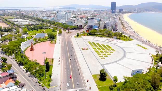 Quảng trường trung tâm thành phố Quy Nhơn, Bình Định.