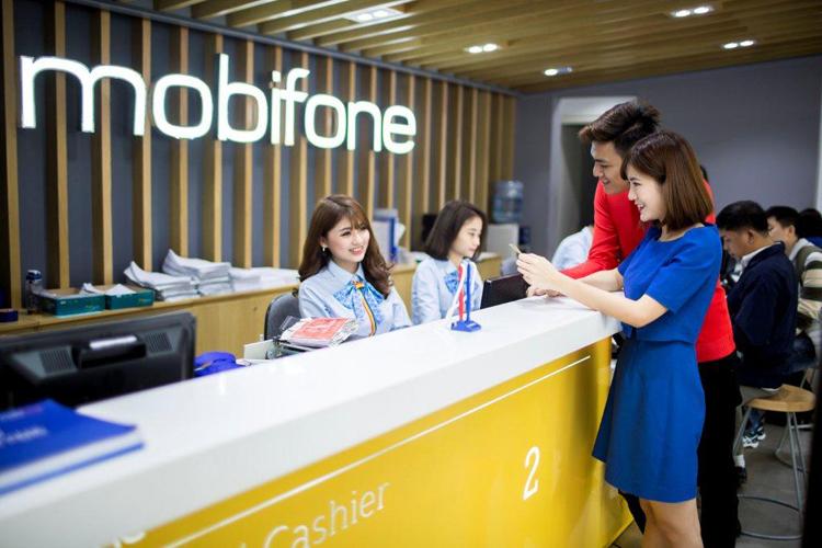 Hoạt động chăm sóc khách hàng tại MobiFone.