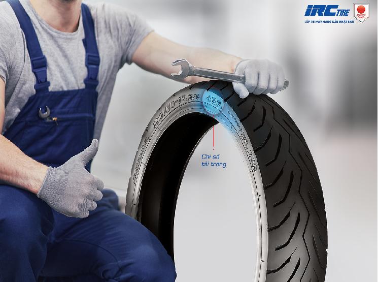 Phượt thủ nên xem xét tải trọng hoặc trọng lượng lốp để tránh những trường hợp đáng tiếc xảy ra trong suốt hành trình.