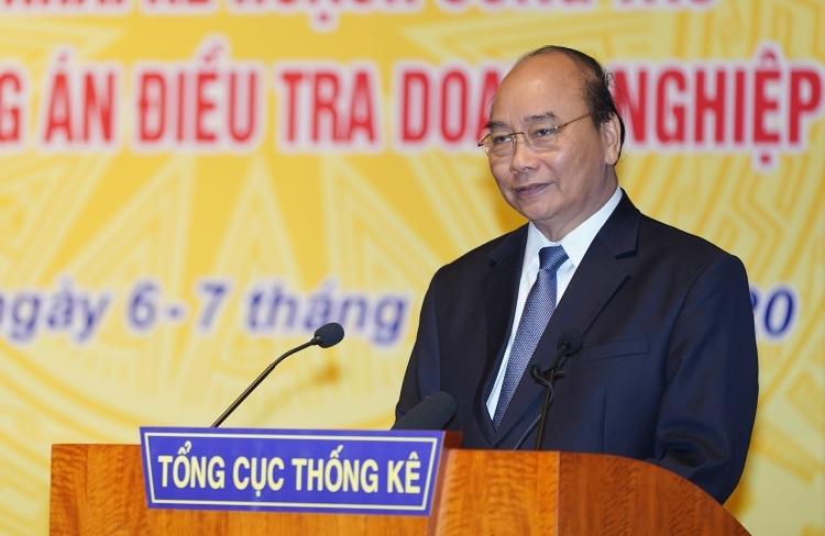 Thủ tướng Nguyễn Xuân Phúc tại Hội nghị của ngành thống kê ngày 6/1. Ảnh: VGP