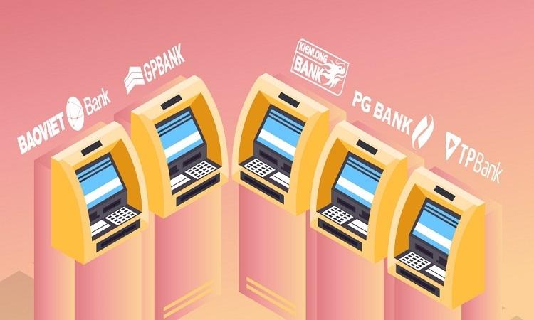 Ngân hàng nào đang miễn phí rút, chuyển tiền?
