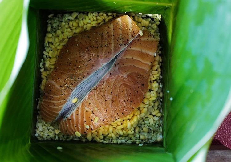 Bánh chưng cá hồi. Ảnh: Ngọc Thành.