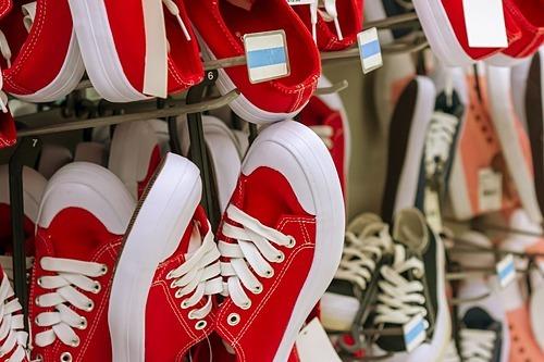 Ngành giày dép chịu nhiều thiệt hại từ thương chiến Mỹ - Trung. Ảnh: Zuma Press