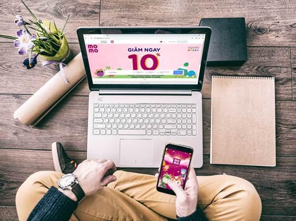 Đặt phòng khách sạn qua website Agoda và chọn thanh toán bằng MoMo để được giảm 10%.