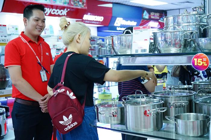 Khách hàng có nhiều sự lựa chọn sản phẩm với mức ưu đãi phù hợp túi tiền.