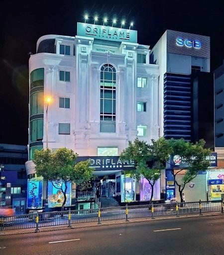 Trụ sở công ty TNHH Oriflame Việt Nam tạisố 100-102 Nguyễn Văn Trỗi (TP HCM).