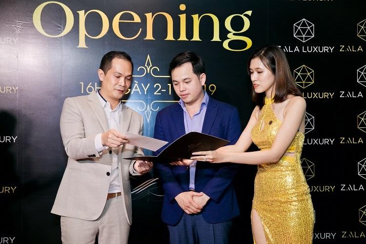 Đại diện Cuong.vn (vị nào) trong lễ ký kết hợp tác cùng Zala Luxury.