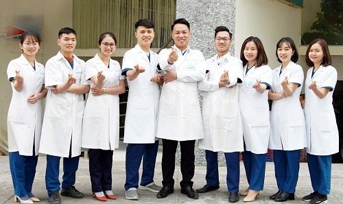 Đội ngũ y bác sĩ tại trung tâm thường xuyên được trau dồi kinh nghiệm, kiến thức thực tiễn.