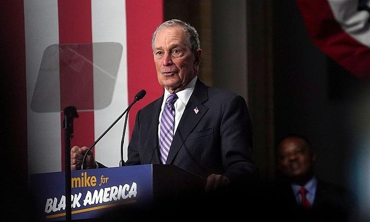 Tỷ phúMichael Bloomberg trong buổi vận động tranh cử ở Houston. Ảnh: Reuters