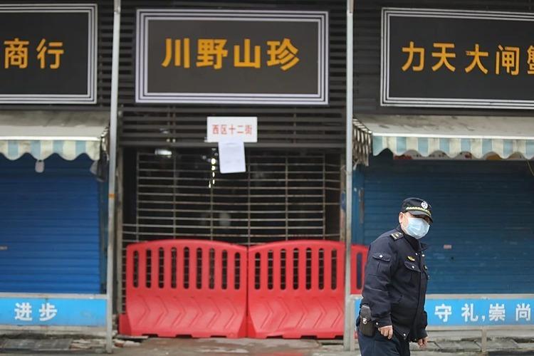 Chợ hải sản tại Vũ Hán, Trung Quốc bị đóng cửa. Ảnh: Simon Song