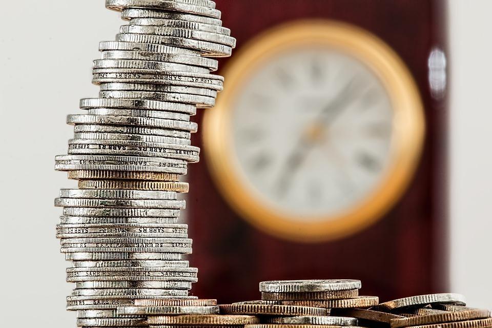 8 dấu hiệu cho thấy bạn chưa tiết kiệm đủ tiền