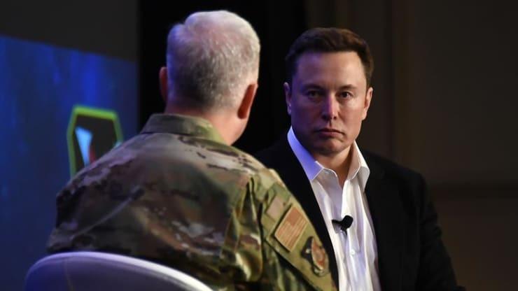 Elon Musk trong hội thảo tại Florida (Mỹ) tuần trước. Ảnh: US Air Force