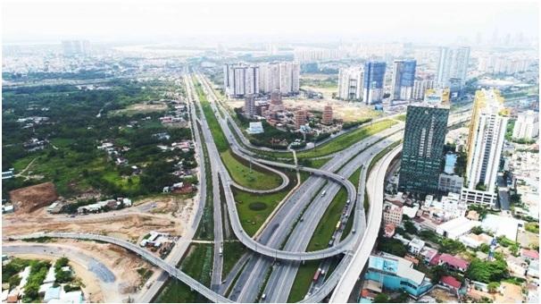 Nút giao thông xa lộ Hà Nội  nhìn từ trên cao.