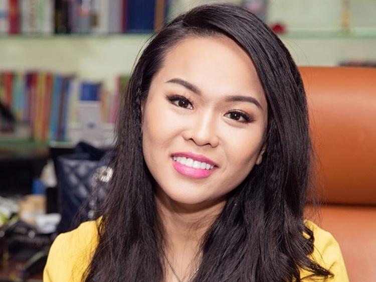 Bà Trần Ngọc Bích.