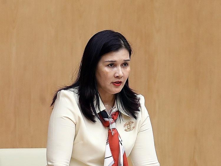 Đại diện Vietjetphát biểu ở cuộc gặp với Thủ tướng sáng 12/3. Ảnh: VGP.