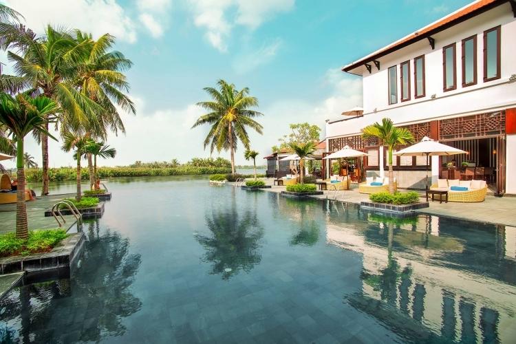 Hồ bơi trong khu du lịch vừa đượcCông ty cổ phần Du lịch – Dịch vụ Hội An bàn giao cho tỉnh Quảng Nam làm nơi cách ly. Ảnh: Website khu du lịch.