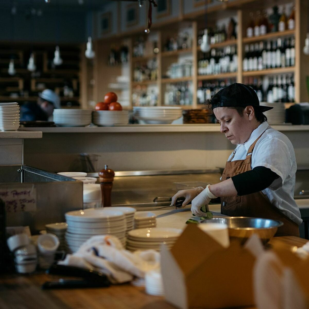 Che Janezich hiện là đầu bếp tại Seattle. Ảnh: WSJ