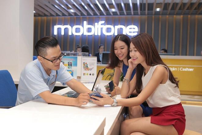 Giới trẻ có cơ hội xem các kênh giải trí giá rẻ từ gói ưu đãi của MobiFone.