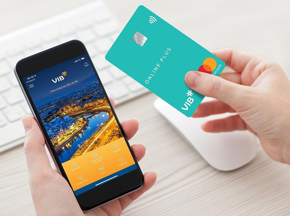 VIB nổi tiếng với nhiều dòng thẻ tín dụng đa dạng và tiện ích ngân hàng số tối ưu, đáp ứng mọi nhu cầu giao dịch tài chính của khách hàng.