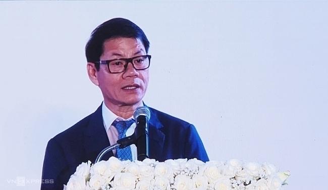 Ông Trần Bá Dương tại lễ ký kết với HVG đầu năm nay. Ảnh: Phương Đông.