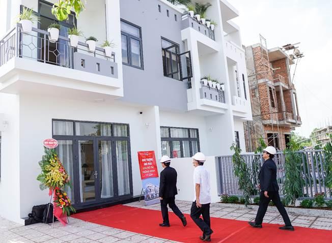 Khu đô thị thông minh Thành Đô đưa vào tham quan nhà mẫu dự án