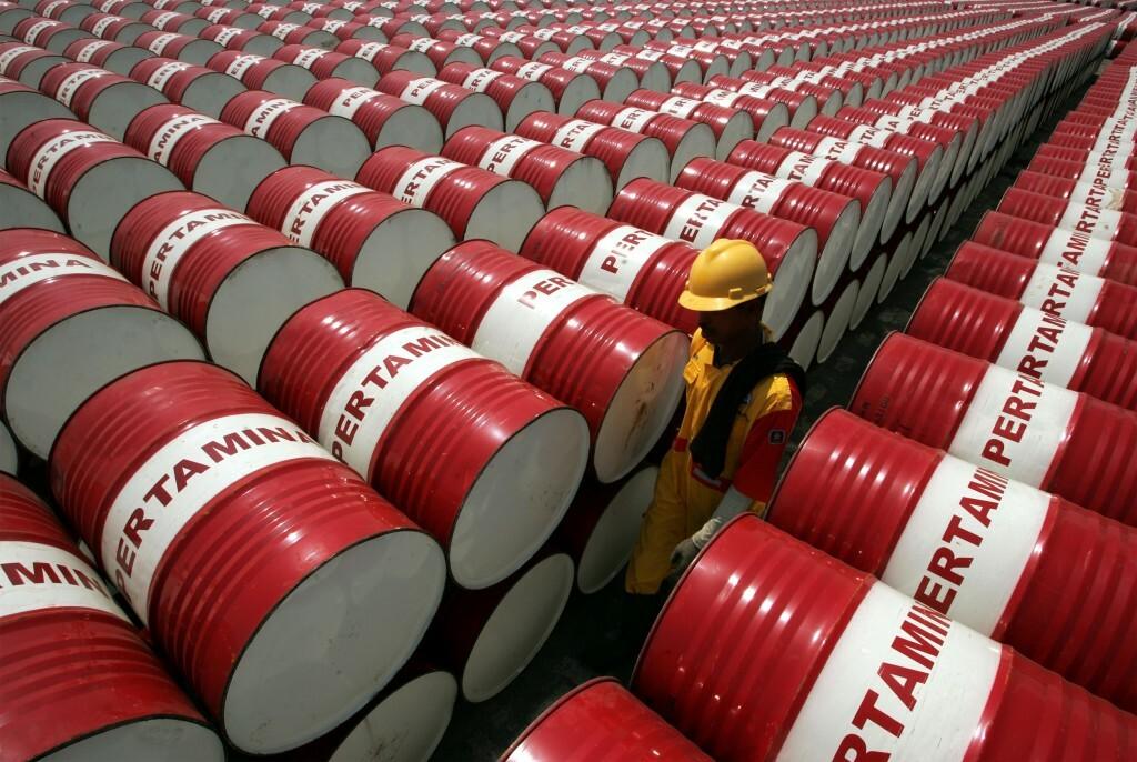 Các hãng sản xuất dầu hiện rất khó tìm chỗ chứa cho sản phẩm. Ảnh: Reuters