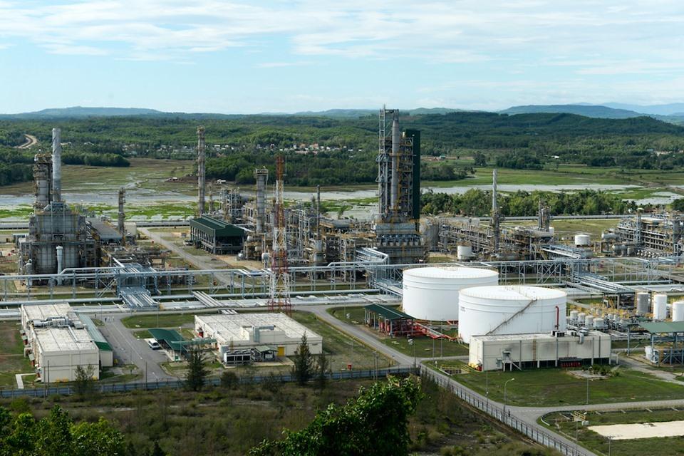 Nhà máy Lọc dầu Dung Quất. Ảnh: Trịnh Sỹ.