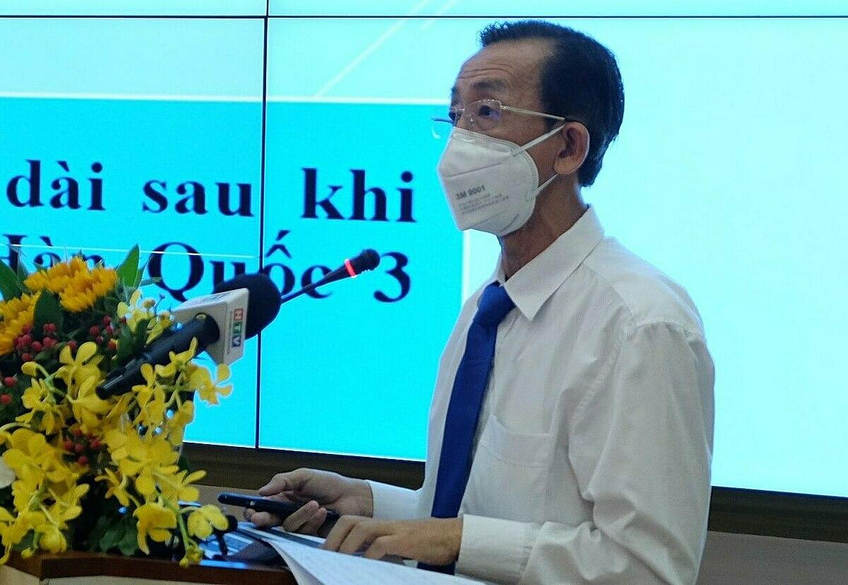 PGS.TS Trần Hoàng Ngân tại buổi Toạ đàm sáng 5/5. Ảnh: Trung tâm báo chí TP HCM.