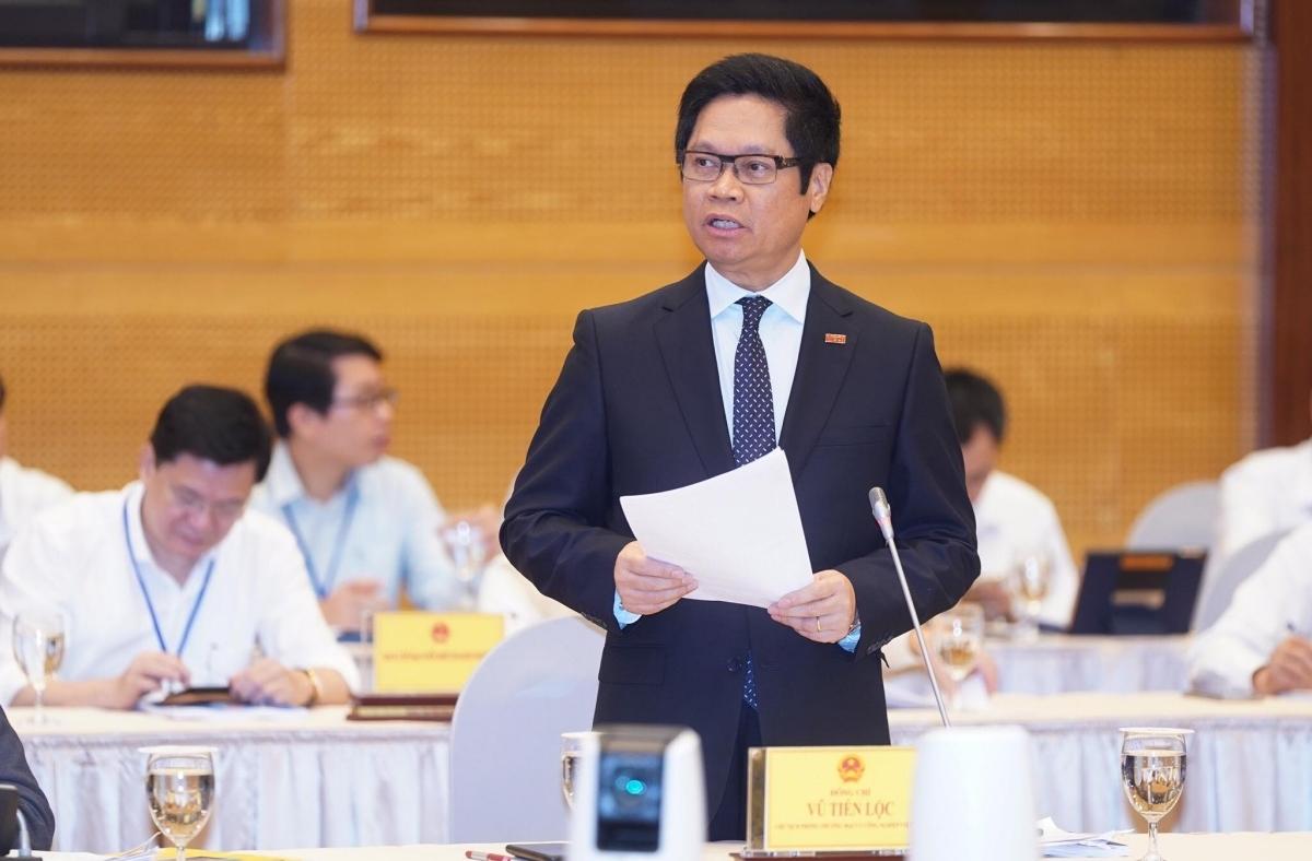 Ông Vũ Tiến Lộc, Chủ tịch VCCI, tại hội nghị sáng 9/5. Ảnh: Quang Hiếu.