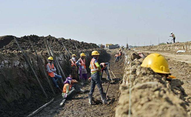 Một công trường xây dựng tạiDholera (Ấn Độ). Ảnh: NDTV