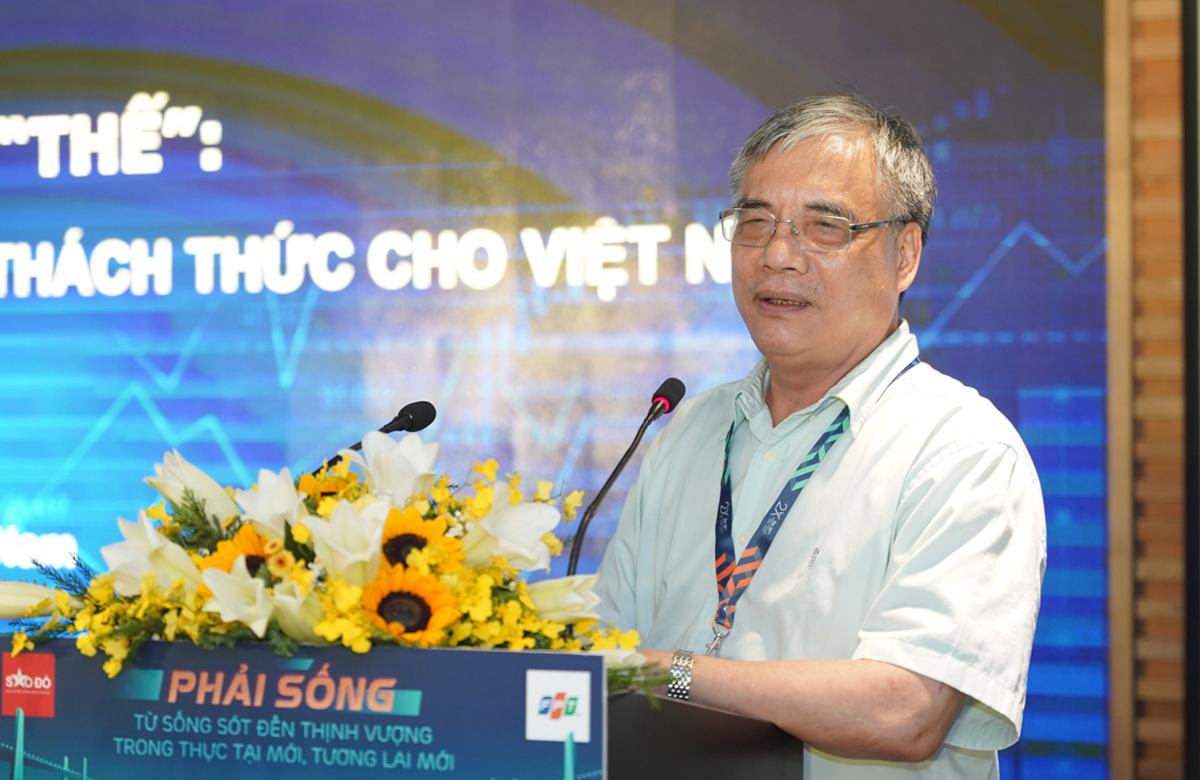 PGS.TS Trần Đình Thiên tại sự kiện.