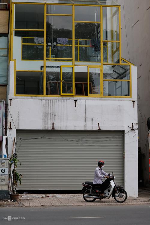 Một cửa hàng của Soya Garden ở Phan Đăng Lưu (Phú Nhuận, TP HCM) vừa dỡ biển hiệu. Ảnh: Nguyệt Nhi.