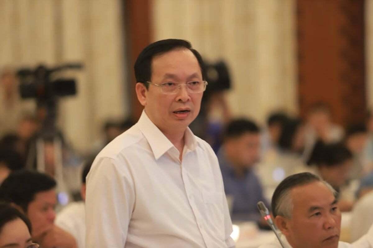 Ông Đào Minh Tú - Phó thống đốc Ngân hàng Nhà nước trả lời tại họp báo Chính phủ chiều 2/6. Ảnh: Anh Minh