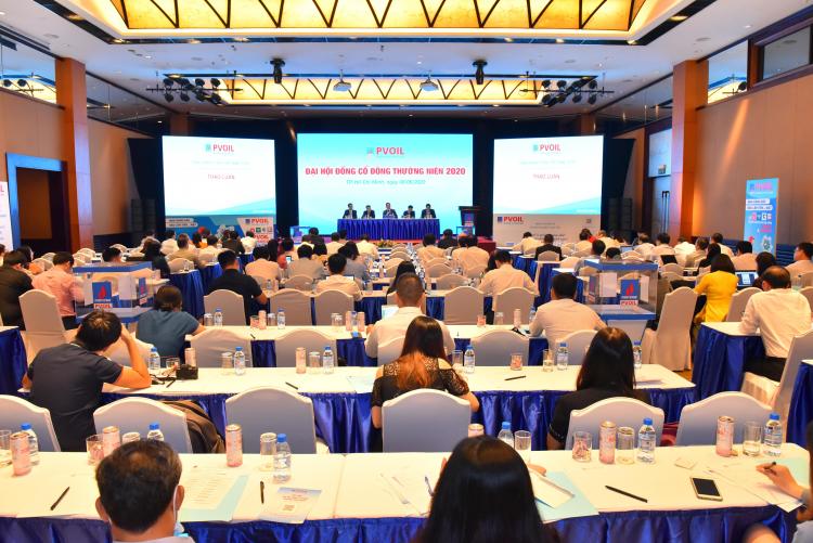 Các cổ đông tham dự đại hội cổ đông thường niên PVOIL.